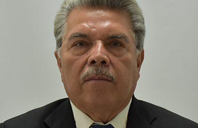 MVZ. Esteban Morales Calva